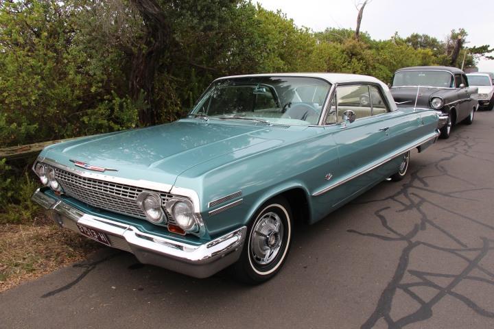 1963_Chevrolet_Impala_2_door_Hardtop_(15975332740)