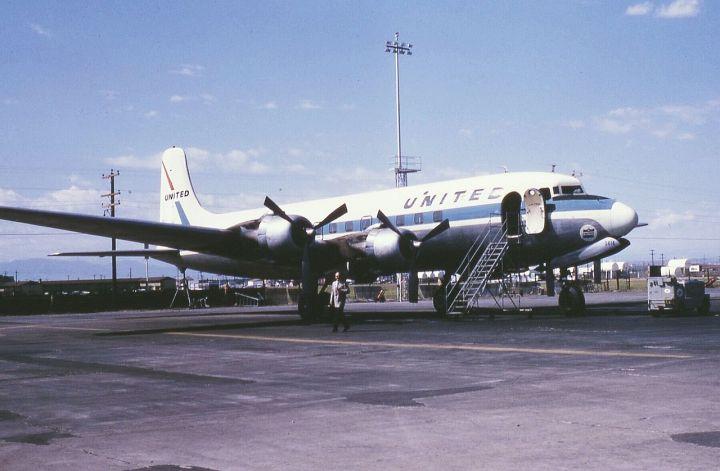 6609-UAL-DC-6-NorthRampStapletonDEN
